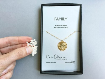 custom-embossed-gold-necklace