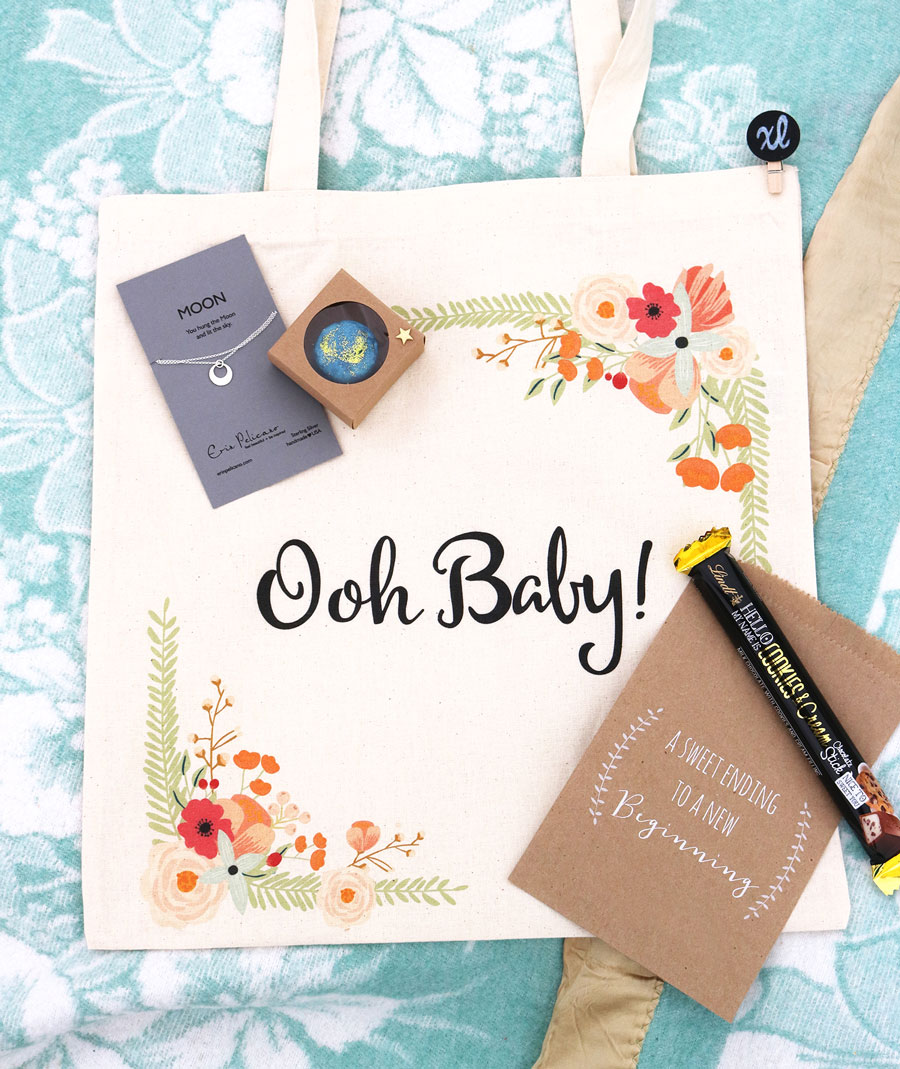 Oh-Baby-Moon-Necklace-Sterling-Silver-Necklaces-for-Babyshowers